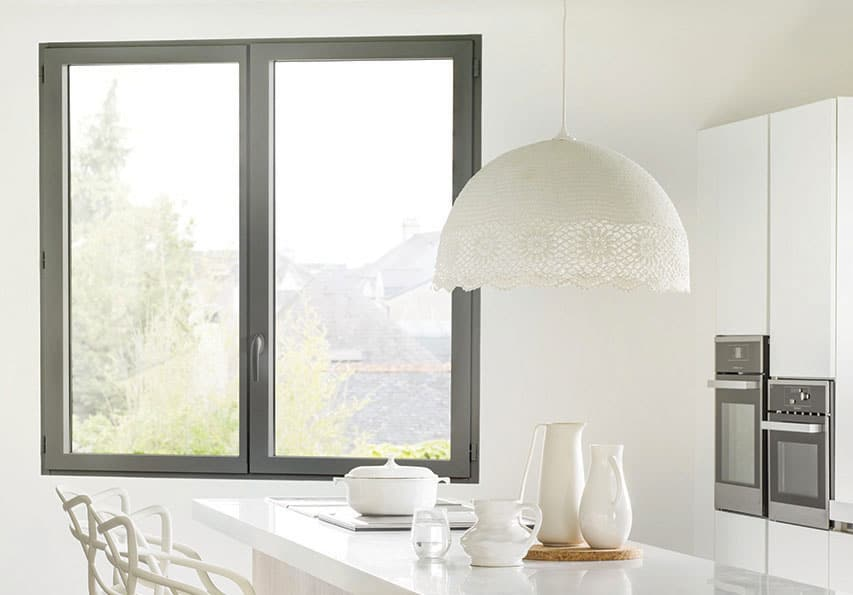 R'renov installe vos fenêtres frappe luminal en Isère